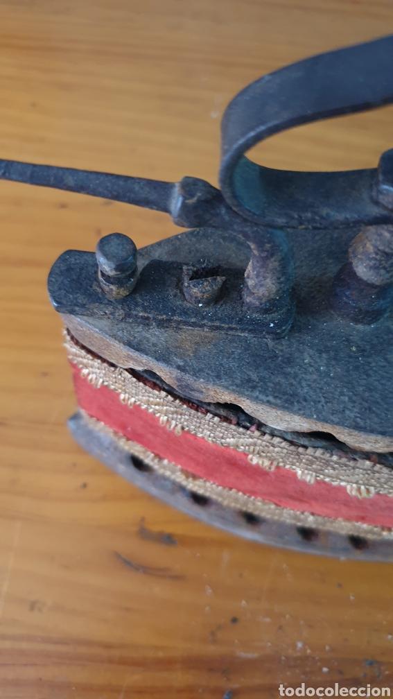 Antigüedades: ANTIGUA PLANCHA DE CARBÓN. - Foto 3 - 210156948