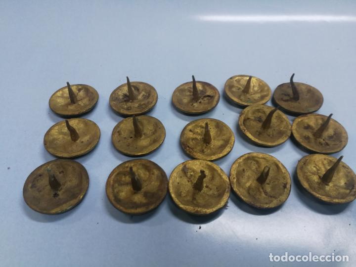 Antigüedades: LOTE 15 CLAVOS DE PUERTA GRANDES ANTIGUOS DE BRONCE LATON, SIGLO XVIII-XIX 4 CM. DIAMETRO - Foto 4 - 210158666