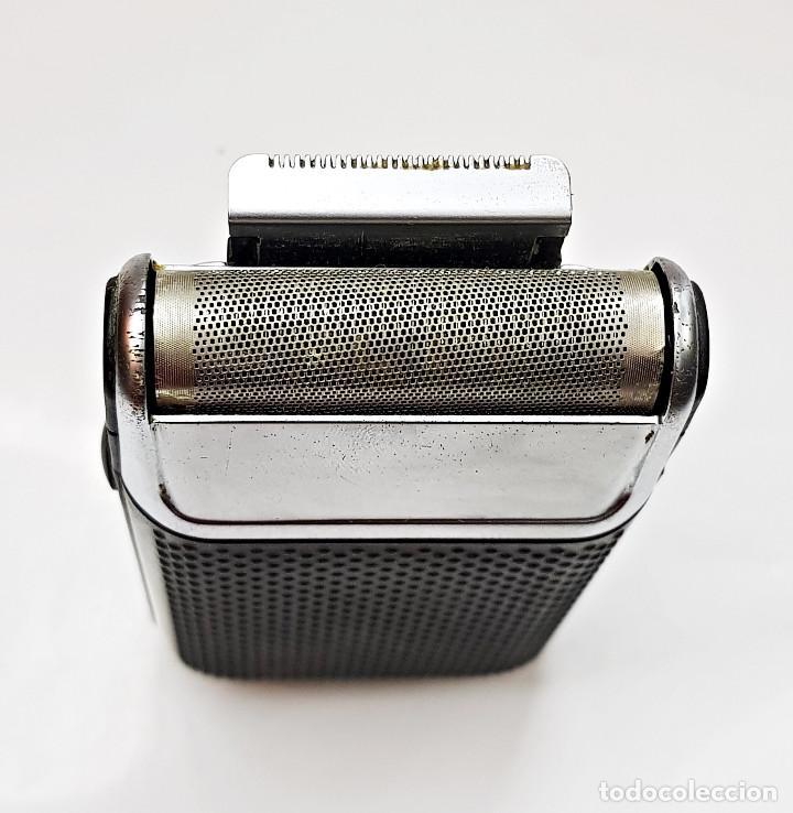 Antigüedades: Máquina de afeitar eléctrica Braun.Máquina de afeitar eléctrica Braun. - Foto 4 - 210190783