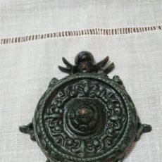 Antigüedades: BENDITERA MODERNISTA CON ANGEL, DE HIERRO.. Lote 210398450