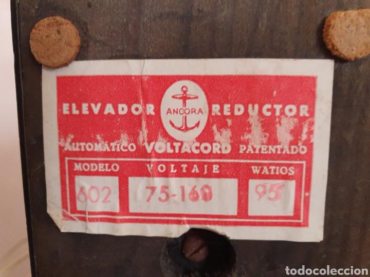 Antigüedades: ANTIGUO ELEVADOR REDUCTOR DE CORRIENTE MARCA ANCORA VOLTACORD - Foto 7 - 210449955