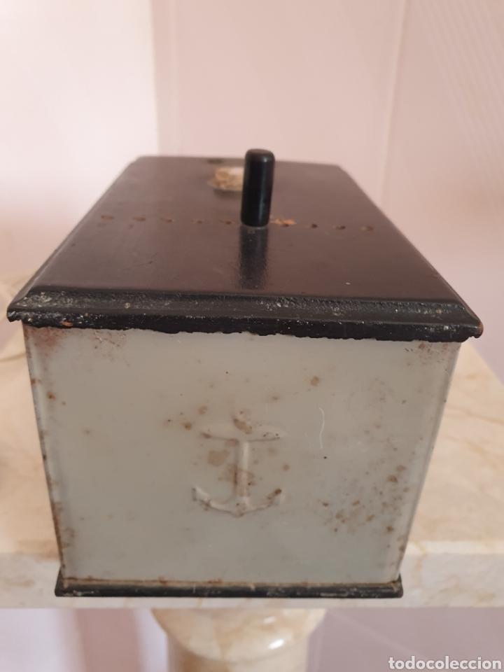 Antigüedades: ANTIGUO ELEVADOR REDUCTOR DE CORRIENTE MARCA ANCORA VOLTACORD - Foto 8 - 210449955