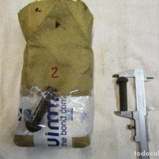Antigüedades: PAQUETE APROX 1940 CON 41 REMACHES HIERRO CABEZA REDONDA - FRAGUA FORJA HERRERO, 2.5KG+ INFO. Lote 210450415