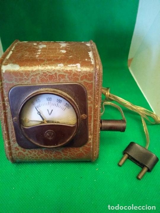 ANTIGUO VOLTÍMETRO MEDIDOR DE VOLTAJE (Antigüedades - Técnicas - Herramientas Profesionales - Electricidad)