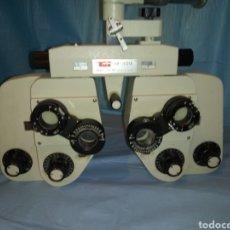Antigüedades: FOROPTERO SIGHT TESTER MODEL ST-VX MADE IN JAPAN. INSTRUMENTO OFTALMOLOGÍA.. Lote 210782949