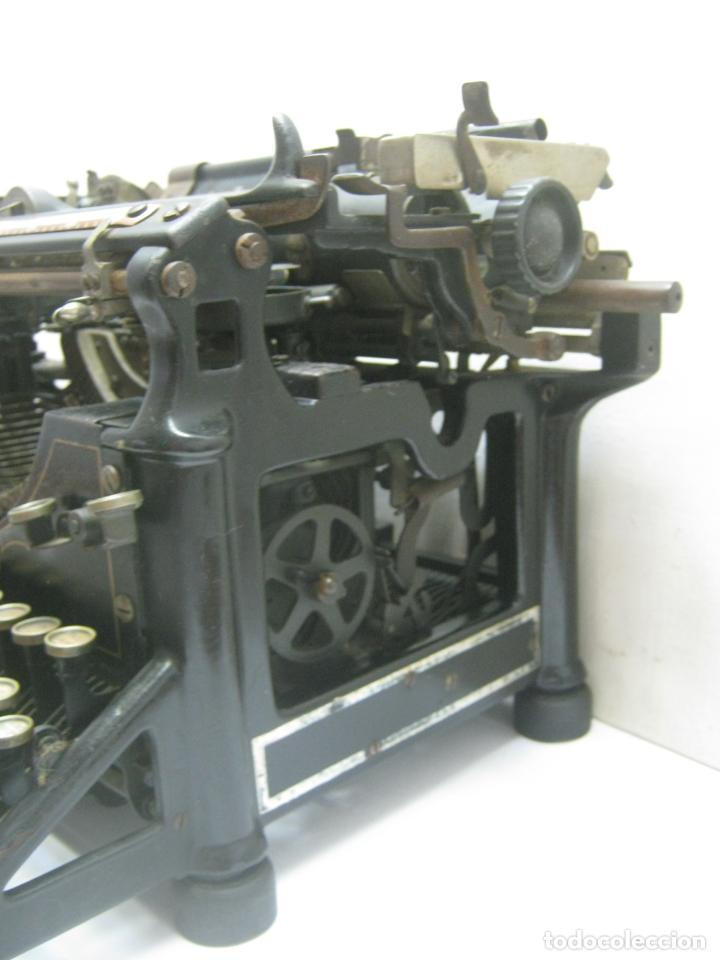 Antigüedades: Antigua maquina de escribir UNDERWOOD STANDAR c.1925 - Foto 6 - 210782951