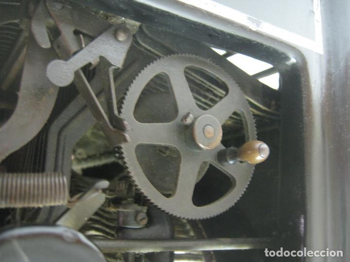 Antigüedades: Antigua maquina de escribir UNDERWOOD STANDAR c.1925 - Foto 12 - 210782951