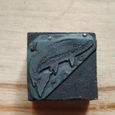 Antigüedades: ANTIGUA PLANCHA DE IMPRENTA PEZ.. Lote 210812242