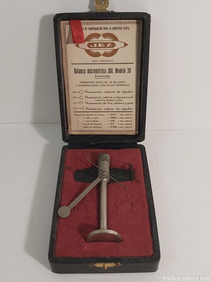 ANTIGUA BALANZA MICROMÉTRICA JBA MODELO 30. (Antigüedades - Técnicas - Medidas de Peso - Balanzas Antiguas)