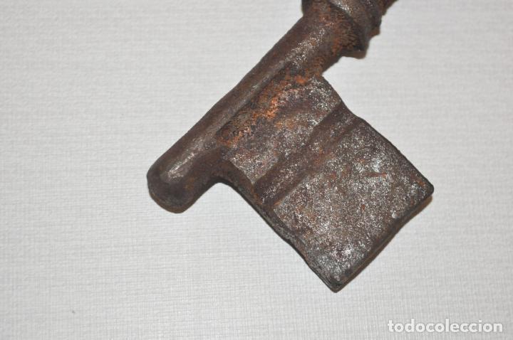 Antigüedades: Llave antigua. - Foto 3 - 210967622