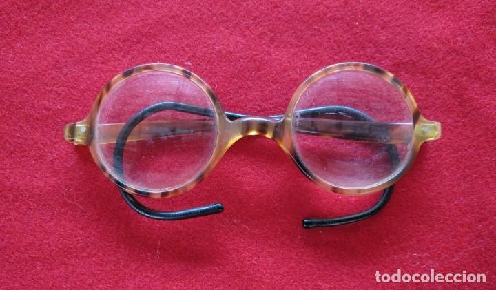 GAFAS DE PASTA CON PATILLAS DE MUELLE. AÑOS 30. (Antigüedades - Técnicas - Instrumentos Ópticos - Gafas Antiguas)