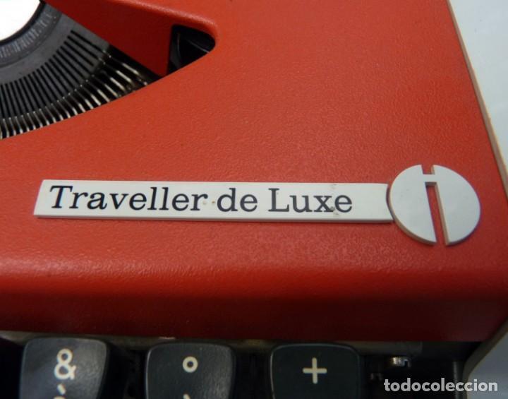 Antigüedades: Máquina de escribir portable marca Olympia, 1969 - Foto 5 - 211667854