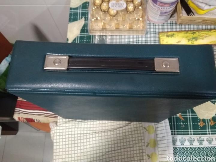 Antigüedades: Máquina portátil escribir años 80 Olivetti Dora. - Foto 6 - 211674448