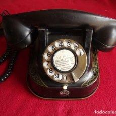 Teléfonos: ANTIGUO TELEFONO RTT BELGA DE HIERRO ADORNADO Y ASA DE LATÓN. Lote 211684821