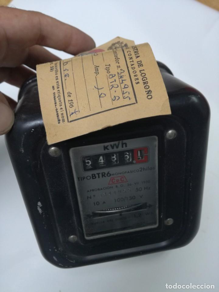 Antigüedades: ANTIGUO CONTADOR ELÉCTRICO LUZ - CDC BTR6 MONOFASICO 2 HILOS.1967,DELEGACION INDUSTRIA DE LOGROÑO - Foto 7 - 211890177