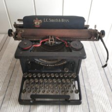 Antigüedades: L.C. SMITH & BROS Nº3. MÁQUINA DE ESCRIBIR DE OFICINA. 1910, ESTADOS UNIDOS. Lote 212091512