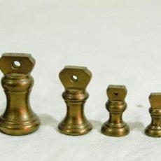 Antigüedades: LOTE DE 7 PESAS DE BRONCE. Lote 212149891