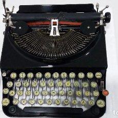 Antigüedades: MAQUINA DE ESCRIBIR REMINGTON MODELO 2 EN PERFECTO ESTADO. Lote 212185902