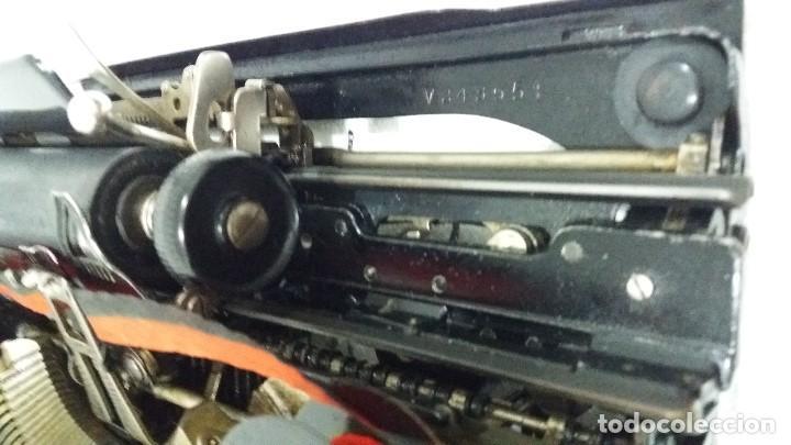 Antigüedades: MAQUINA DE ESCRIBIR REMINGTON MODELO 2 EN PERFECTO ESTADO - Foto 12 - 212185902