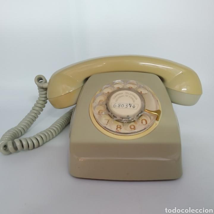 TELÉFONO HERALDO GRIS DE SOBRE MESA CITESA CTNE FABRICADO EN MÁLAGA (Antigüedades - Técnicas - Teléfonos Antiguos)