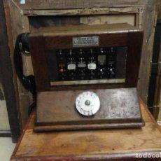Teléfonos: CENTRALITA DE TELEFONOS ANTIGUA COMPLETA, CON TELEFONO, DIAL Y MANIVELA. Lote 212203501