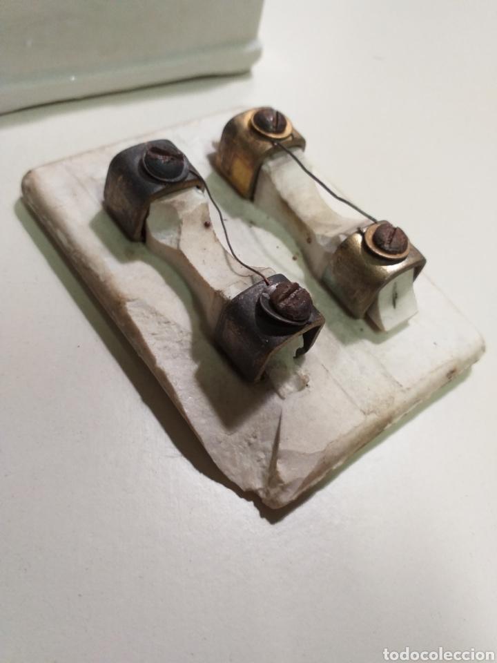 Antigüedades: Antiguas cajas de fusibles o plomos de porcelana. Marca PME - Foto 7 - 212210297