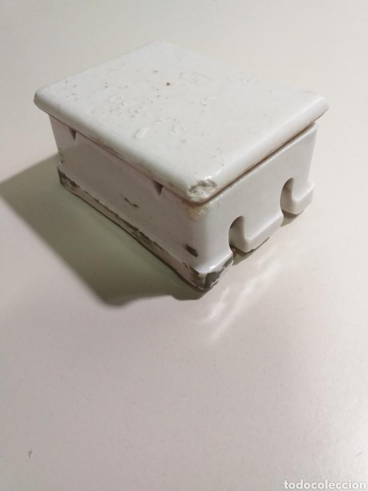 Antigüedades: Antiguas cajas de fusibles o plomos de porcelana. Marca PME - Foto 9 - 212210297