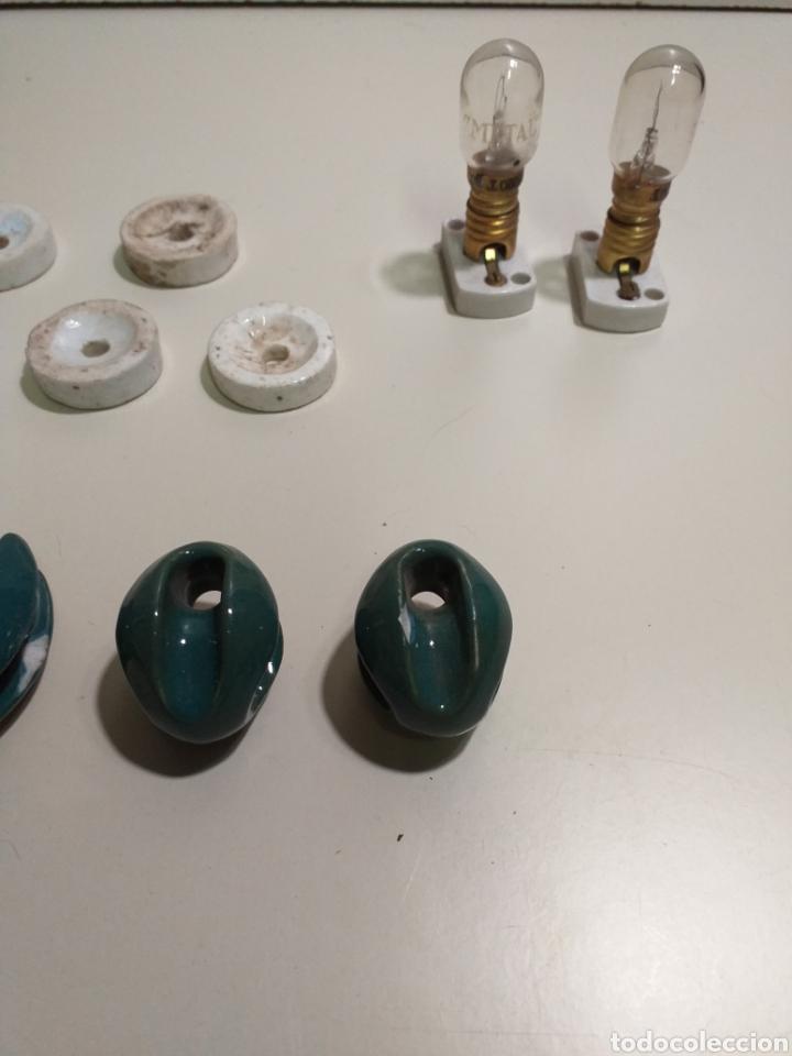 Antigüedades: Lote de electricidad, antiguas jicaras diferentes de porcelana. - Foto 4 - 212210936