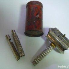 Antigüedades: MAQUINILLA AFEITAR ROSE DE 1899 RARA Y COMPLETA. Lote 212464350