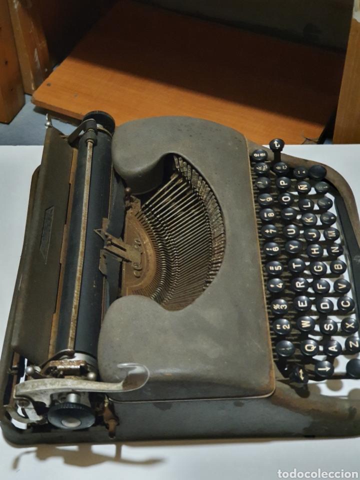 Antigüedades: Maquina de escribir patria, imperial española, eibar, España. - Foto 8 - 212471277