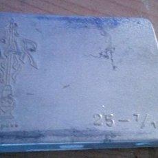 Antigüedades: CAJA DE ABUJAS DE LA MARCA DEPOSE STAR DE ALUMINIO CON SUS ABUJAS DENTRO. Lote 212533832
