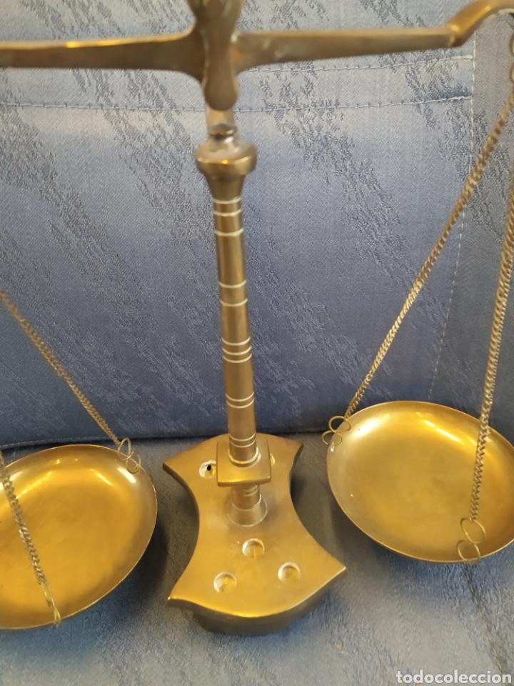 Antigüedades: Balanza báscula antigua en bronce y platos de cobre 31x25x10 CMS aproximadamente - Foto 5 - 212532195