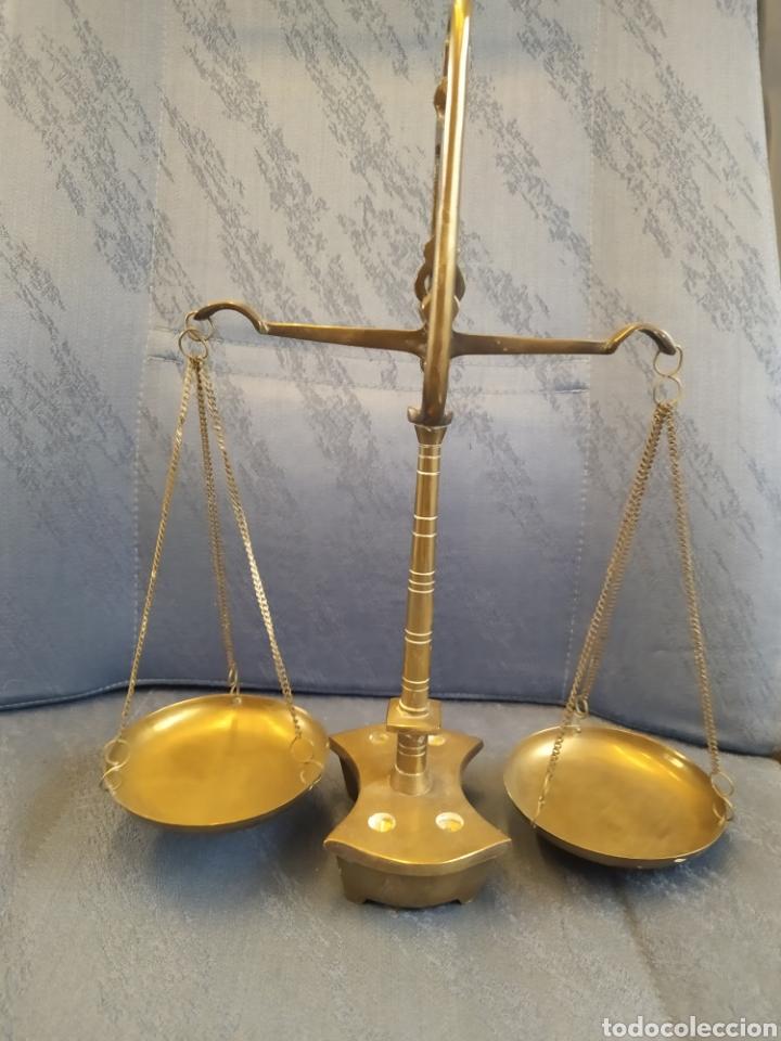 Antigüedades: Balanza báscula antigua en bronce y platos de cobre 31x25x10 CMS aproximadamente - Foto 8 - 212532195