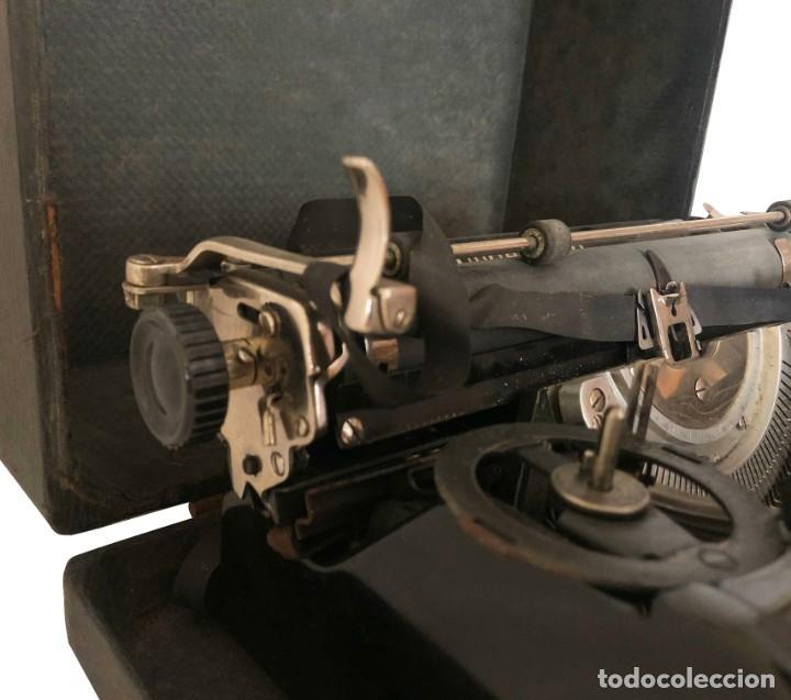 Antigüedades: MAQUINA DE ESCRIBIR - UNDERWOOD STANDARD PORTABLE TYPEWRITER - USA - AÑOS 30. - Foto 5 - 212613272