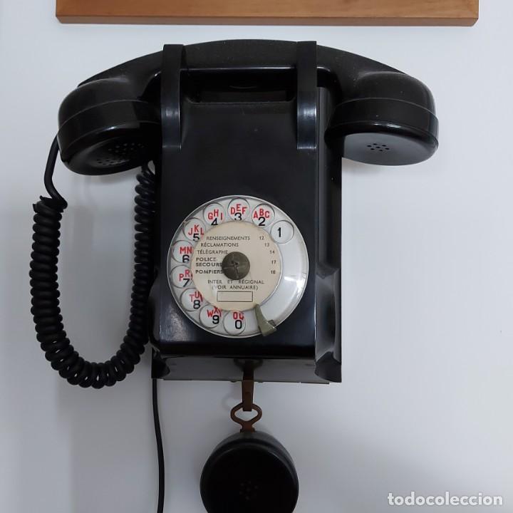 Teléfonos: Antiguo Teléfono de pared-- Bakelita con Escucha Adicional-Perfecto estado..Años 50/65 - Foto 4 - 212776180
