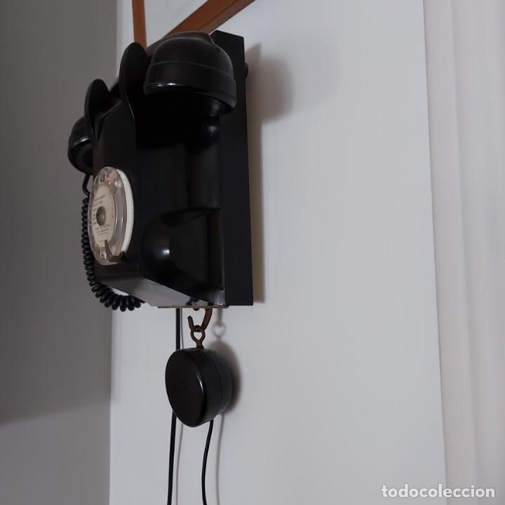 Teléfonos: Antiguo Teléfono de pared-- Bakelita con Escucha Adicional-Perfecto estado..Años 50/65 - Foto 5 - 212776180