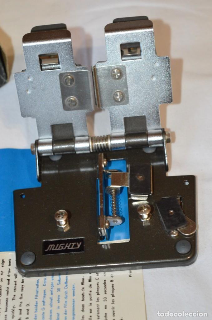 Antigüedades: VINTAGE - EMPALMADORA SPLICER M3 - Super 8 - Regular 8 & 16 Mm. Caja e instruciones ¡Mira fotos! - Foto 3 - 212796016