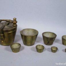 Antigüedades: GRAN JUEGO DE VASOS ANIDADOS PONDERALES SIGLO XVIII CARLOMAGNO 330,00 EU.. Lote 212842702