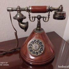 Teléfonos: TELÉFONO DE BRONCE Y MADERA. Lote 212852612