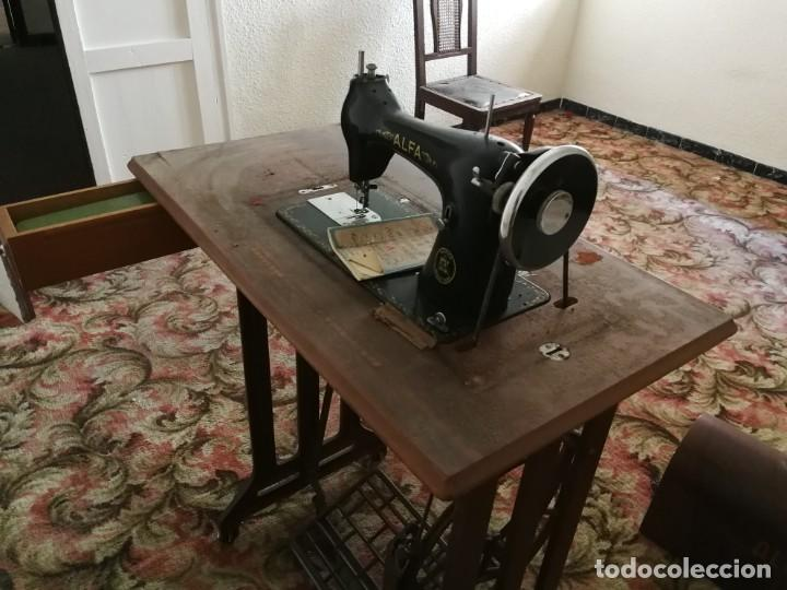 MÁQUINA DE COSER ALFA (Antigüedades - Técnicas - Máquinas de Coser Antiguas - Alfa)