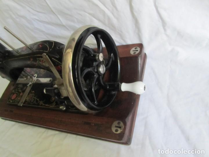 Antigüedades: Máquina de coser Vesta, alemana, modelo Vestacita Saxonia Type, principios siglo XX, funcionando - Foto 10 - 212908535