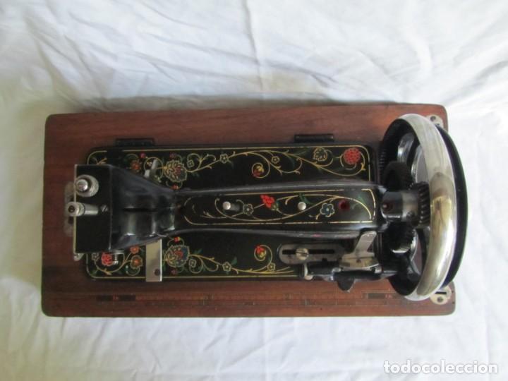 Antigüedades: Máquina de coser Vesta, alemana, modelo Vestacita Saxonia Type, principios siglo XX, funcionando - Foto 11 - 212908535