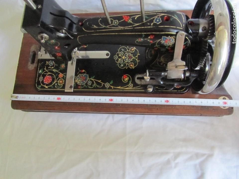 Antigüedades: Máquina de coser Vesta, alemana, modelo Vestacita Saxonia Type, principios siglo XX, funcionando - Foto 14 - 212908535