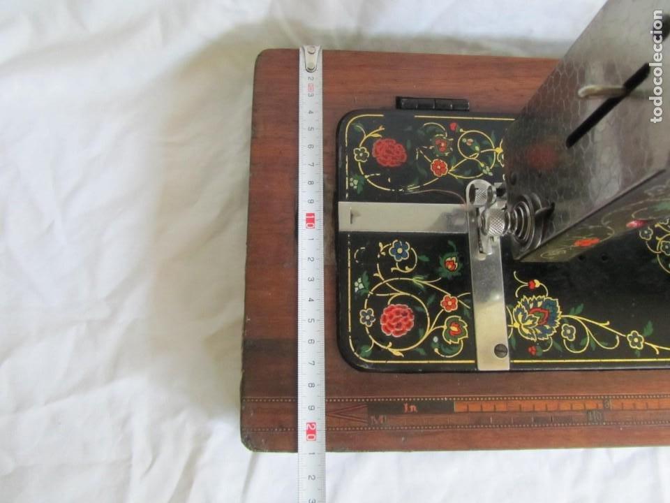Antigüedades: Máquina de coser Vesta, alemana, modelo Vestacita Saxonia Type, principios siglo XX, funcionando - Foto 15 - 212908535