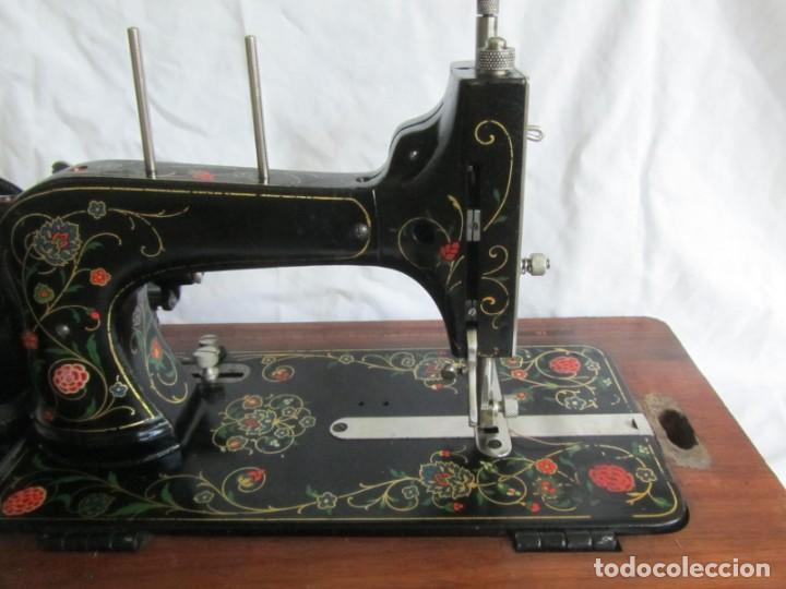 Antigüedades: Máquina de coser Vesta, alemana, modelo Vestacita Saxonia Type, principios siglo XX, funcionando - Foto 22 - 212908535