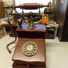 Téléphones: REPRODUCCION TELEFONO ANTIGUO EN MADERA. Lote 213004356