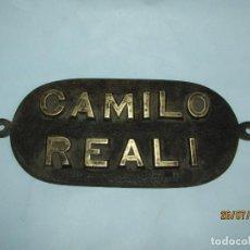 Antigüedades: ANTIGUA PLACA DE BRONCE MACIZO DE BARCO BUQUE CARGUERO O SIMILAR DE CAMILO REALI. Lote 213071157