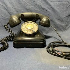 Telefoni: TELEFONO ANTIGUO CUERPO BAQUELITA NEGRO CTNE TELEFONICA MITAD S XX 18X24X18CMS. Lote 213164287