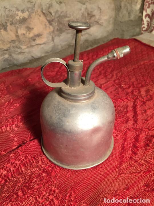ANTIGUA CURIOSA ACEITERA / CETRILLERA DE ALUMINIO INDUSTRIAL AÑOS 40 (Antigüedades - Técnicas - Herramientas Profesionales - Mecánica)