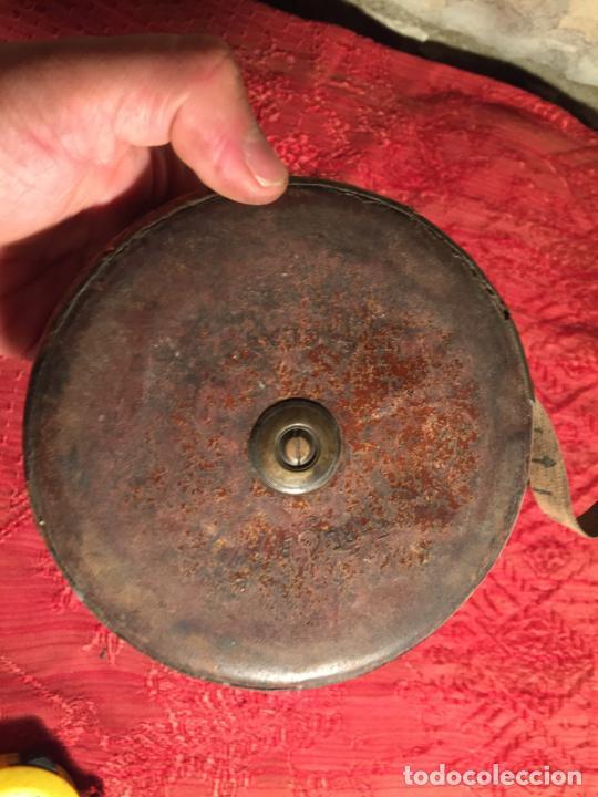 Antigüedades: Antigua cinta metrica de cuero y latón años 300-40 - Foto 5 - 213202188